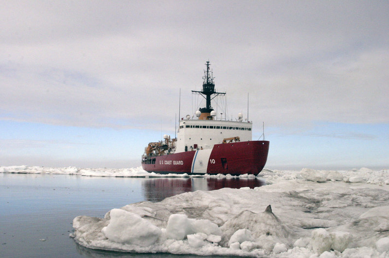 Congress Asks Why US Has 2 'Worn Out' Icebreakers in Arctic Compared to Russia's 30+