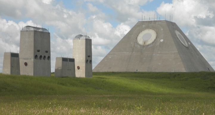 Feds Auction Off $500 Million Anti-Ballistic Missile Base in