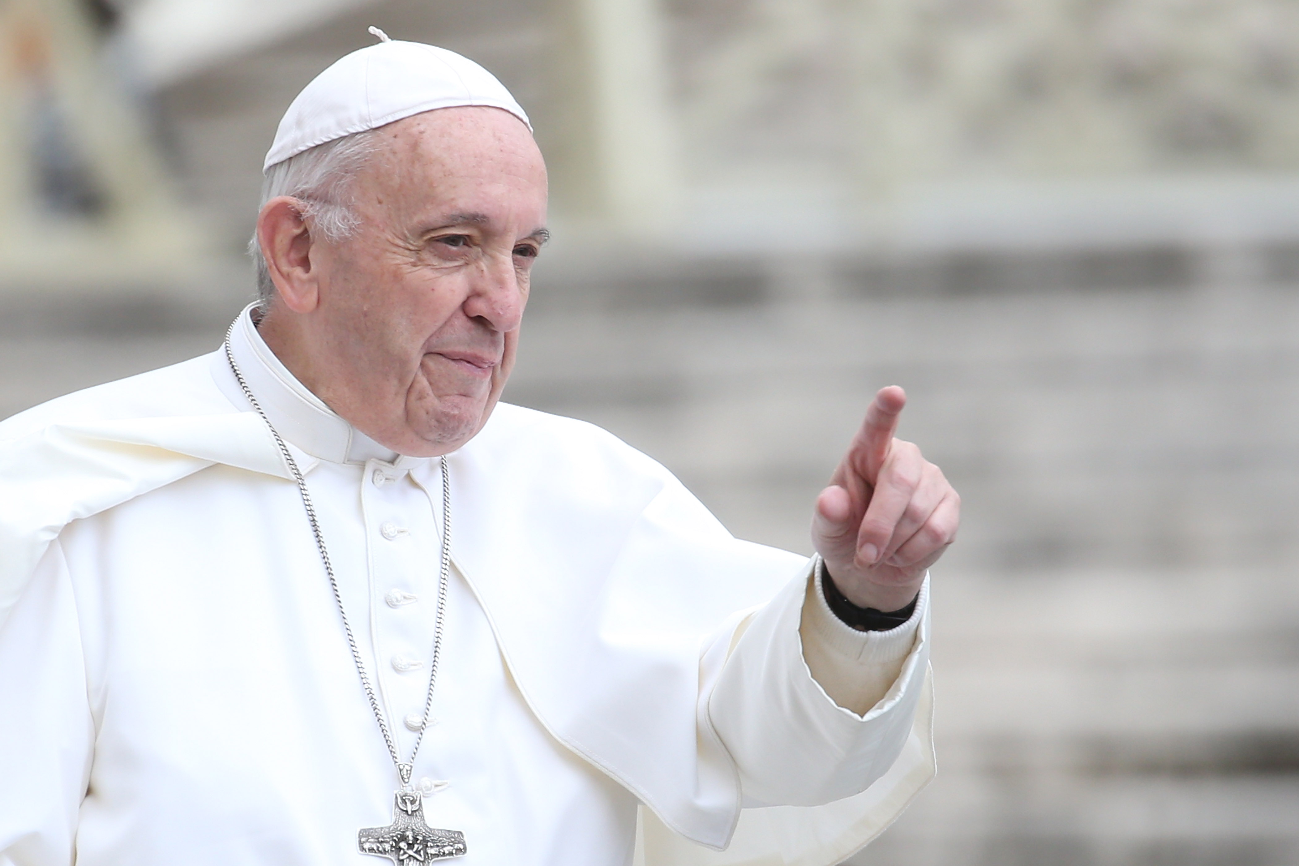 Pope Compares U.S.-Mexico Border Wall to Berlin Wall Built by Communists