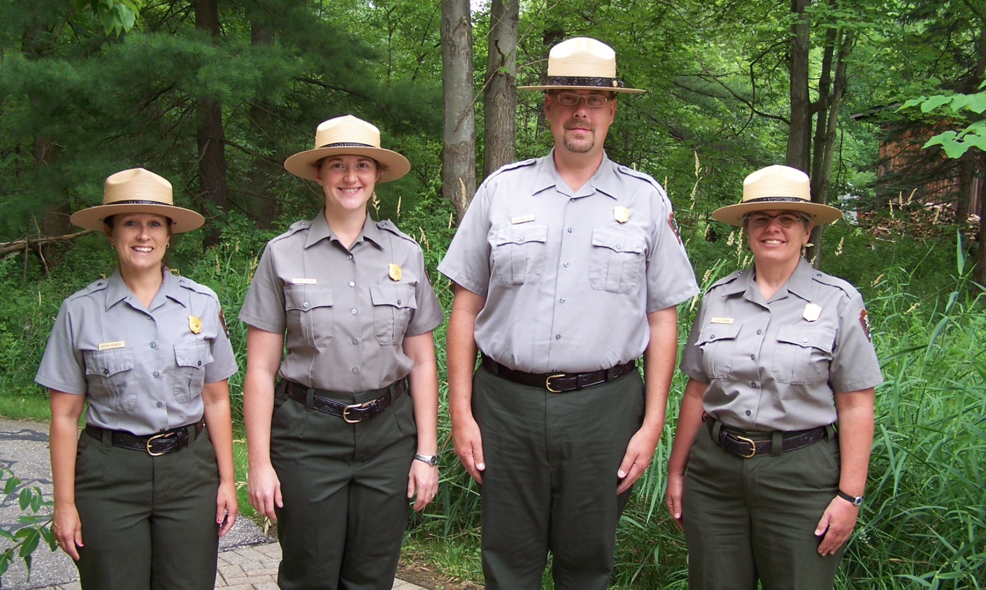 park ranger Spend a glorious summer working as a park ranger searching for hidden objects in a stunning national park visit areas of outstanding natural beauty including gorgeous forests, idyllic lakes, cool woodland trails and awesome mountain vistas.