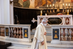 A priest of the Santa Maria Assunta in Cielo wears a mask in an empty church on April 26, 2020 in Ariccia, Italy. Italy will remain on lockdown until May 4th to stem the transmission of the Coronavirus (Covid-19), but some industries are being allowed to reopen. (Photo credit: Ernesto Ruscio/Getty Images)