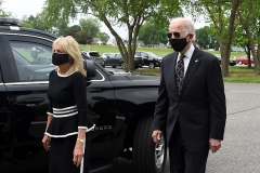 Democratic presidential candidate Joe Biden and his wife Jill wear masks as they visit the Delaware Memorial Bridge Veteran's Memorial Park in New Castle, Delaware, May 25, 2020. (Photo by OLIVIER DOULIERY/AFP via Getty Images)