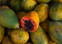 Pawpaw fruit in west Africa. (Photo by Eric Lafforgue/Art in All of Us/Corbis via Getty Images)