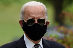 Democrat presidential candidate and former Vice President Joe Biden attends a Memorial Day ceremony in Newcastle, Delaware, May 25, 2020. (Photo by Olivier DOULIERY/AFP via Getty Images)