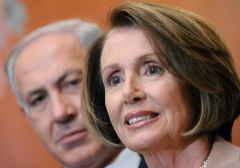 House Speaker Nancy Pelosi and Israeli Prime Minister Binyamin Netanyahu on Capitol Hill in 2009.  (File photo by Tim Sloan/AFP via Getty Images)