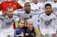 Vice President Biden and his grand daughter before a game betwee the DC United and the Philadelphia Union, April 10, 2010. (Photo by Brian Garfinkel/Icon SMI/Icon Sports Media via Getty Images)