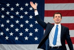 Former South Bend Mayor Pete Buttigieg waves at a primary rally in Columbia, South Carolina, on February 28, 2020. (Photo by JIM WATSON/AFP via Getty Images)