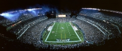 General view of a full Lincoln Financial Field as the Philadelphia Eagles and the Tampa Bay Buccaneers prepare for the opening kick-off during a game on October 2, 2003 in Philadelphia, Pennsylvania. (Photo by Jerry Driendl/Getty Images)