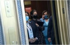 Speaker Pelosi in an elevator in the Senate Russell Office Building. (Stefani Reynolds/Bloomberg via Getty Images)