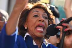 U.S. Rep. Maxine Waters (D-Calif.) speaks at a protest against U.S. President Donald Trump's National Emergency declaration, Feb. 18, 2019. (Photo credit: ROBYN BECK/AFP via Getty Images)