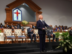Joe Biden speaks as he attends Sunday service at the New Hope Baptist Church in Jackson, Miss. (Photo credit: MANDEL NGAN/AFP via Getty Images)