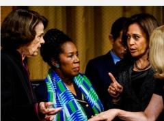 Sen. Dianne Feinstein (D.-Calif.), Rep. Sheila Jackson Lee (D.-Texas) and then-Sen. Kamala Harris (D.-Calif.), Sept. 27, 2018. (Photo by Melina Mara-Pool/Getty Images)
