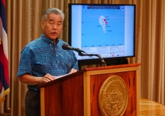 Hawaii Gov. David Ige speeks during a press conference about preparations for Hurricane Lane's arrival to the state. (Photo credit: RONEN ZILBERMAN/AFP via Getty Images)