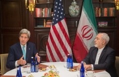 Then-Secretary of State John Kerry meets with Zarif in New York in April 2016. (Photo by Bryan R. Smith/AFP via Getty Images)