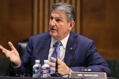 Sen. Joe Manchin (D-W.Va.) (Photo by OLIVER CONTRERAS/POOL/AFP via Getty Images)