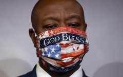 Sen. Tim Scott (R-S.C.) (Photo by OLIVIER DOULIERY/AFP via Getty Images)