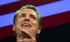 Gov. Gavin Newsom (D-CA) gives a speech. (Photo credit: FREDERIC J. BROWN/AFP via Getty Images)