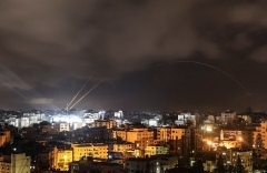 Rockets fired from the Gaza Strip rain down on Israel before the start of the ceasefire brokered by Egypt between Israel and Hamas on May 21, 2021. (Photo by MAHMUD HAMS/AFP via Getty Images)