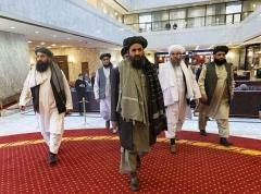 Des responsables talibans arrivent à Moscou pour des pourparlers de paix en mars dernier. (Photo d'Alexander Zemlianichenko/Pool/AFP via Getty Images)