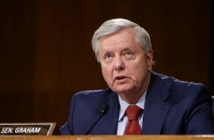 Sen. Lindsey Graham (R-S.C.) says he'll do whatever it take to block the Democrats' $3.5T wishlist. (Photo by EVELYN HOCKSTEIN/POOL/AFP via Getty Images)