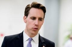 Sen. josh Hawley (R-Mo.)  (Getty Images)