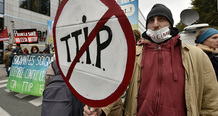 France Fumes Over Leaked Documents On Transatlantic Trade Deal Talks